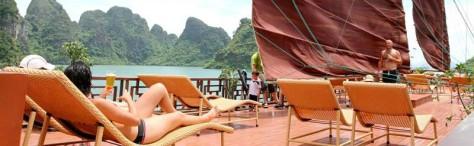 Sun Desk Dragon Pearl Cruises